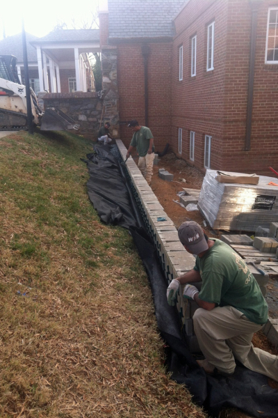Retaining Wall Installations – Outdoor Life, Inc.