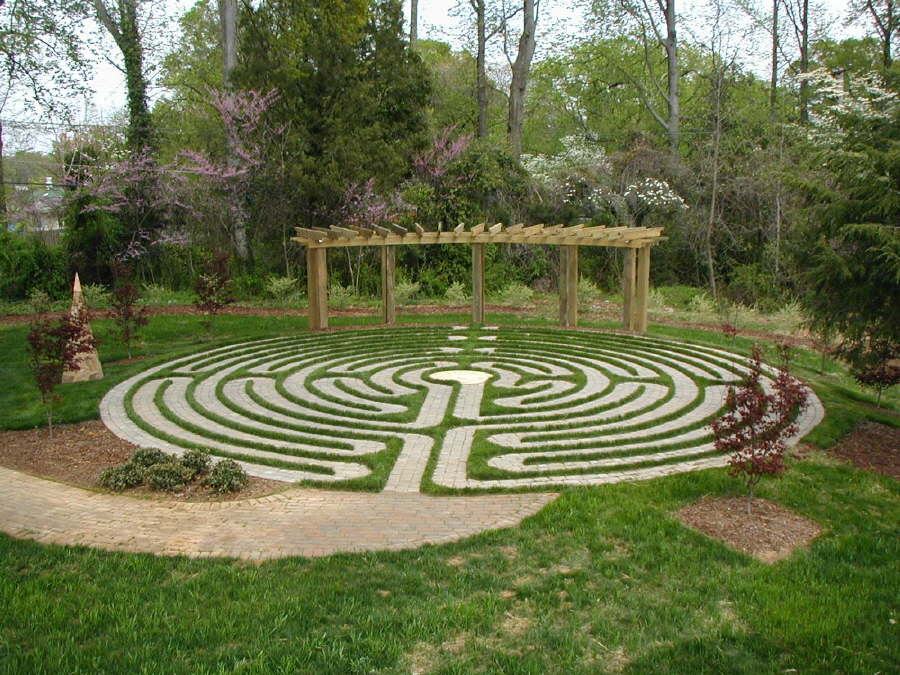 Create a Labyrinth – Outdoor Life Contracting