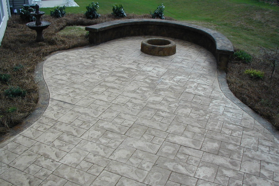 Gorgeous outdoor fireplaces, patios and landscaping by Outdoor Life, Inc.