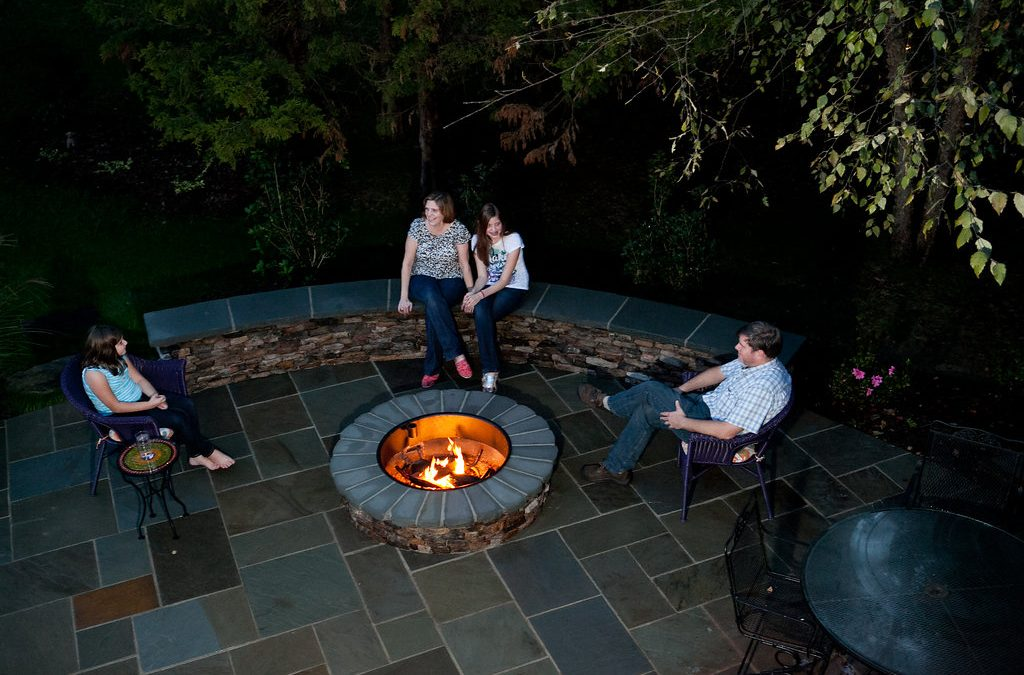 Outdoor Fire Pits and Fireplaces – Outdoor Life, Inc.