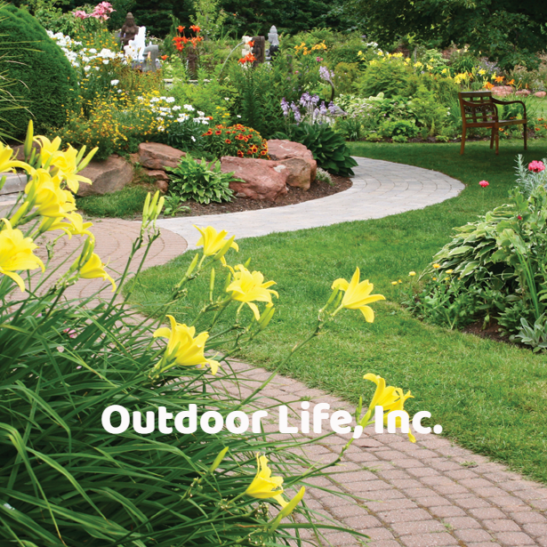 Affordable Walkway Landscaping Ideas #OutdoorLife #StoneWalkway #StonePathways