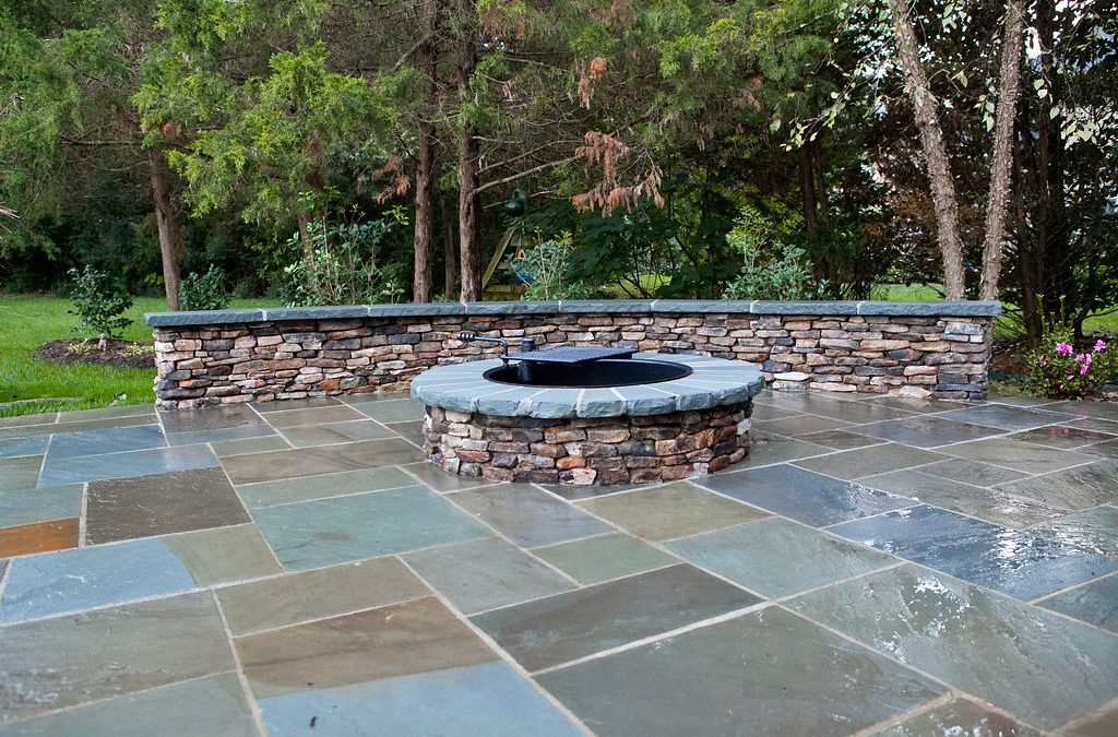 Brick and Stone Masonary – How to choose the right materials.  #OutdoorLife
